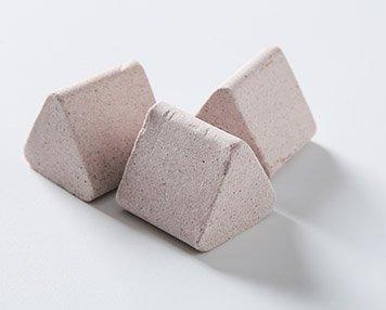 12. RPM chromium ceramic deburring media