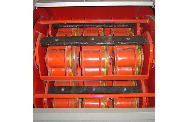 XGP40 Centrifugal barrel finishing machine with 48 small barrel design polishing machine buffing machine details4