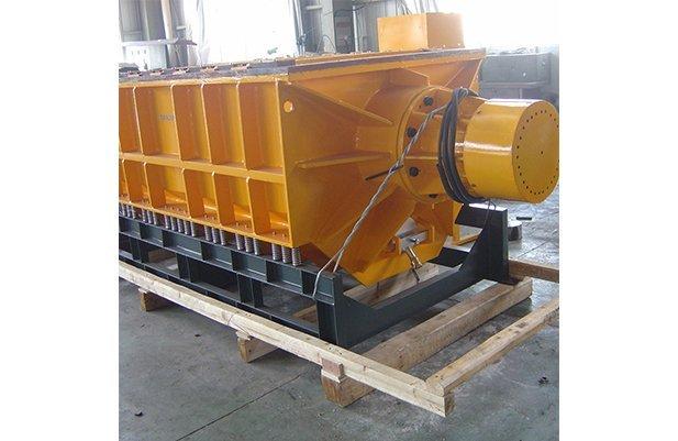 XZGB1800 U shape linear type vibratory finishing machine details