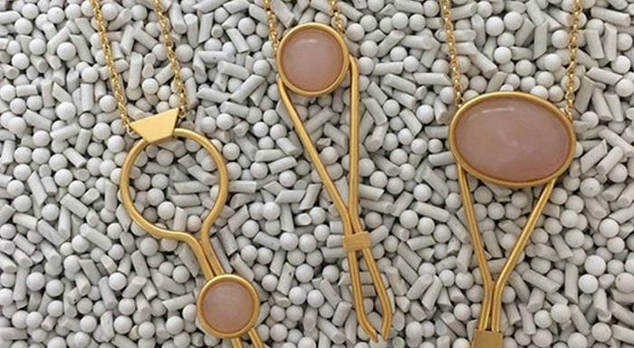 jewelry-polishing-with-porcelain-media