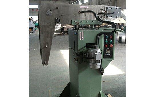 magnetic intercepter ferros metal separation from vibratory finishing machine cxj06