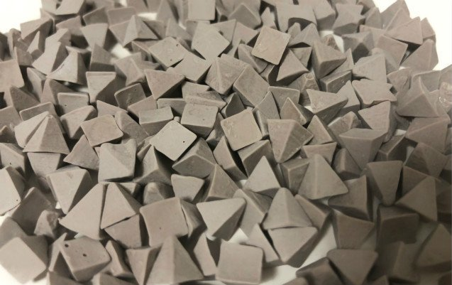 Z1 Zirconium plastic tumbling media