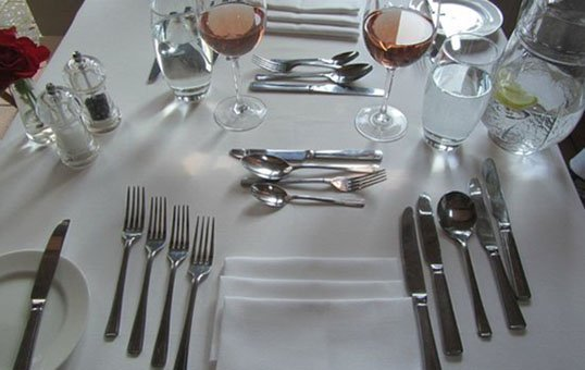 cutlery for hotels polishing