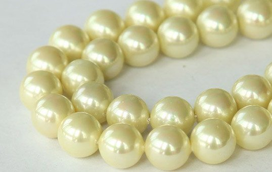Yellow South Sea Cultured Pearls Polishing